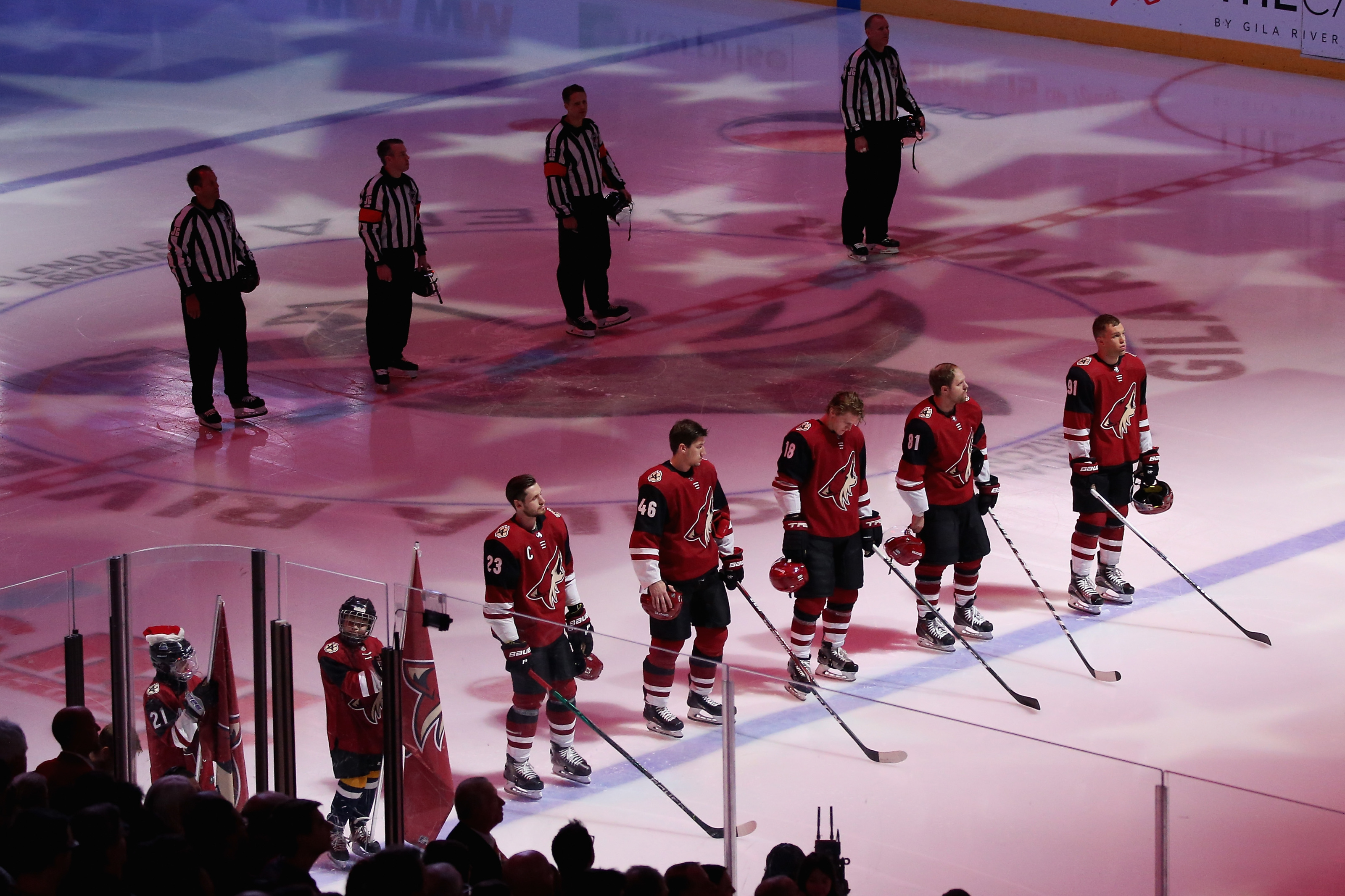 Arizona Coyotes: Missing the Playoffs again would let fans down